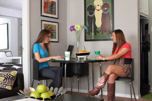 medium-friends-break-from-studying-at-denton-student-apartments