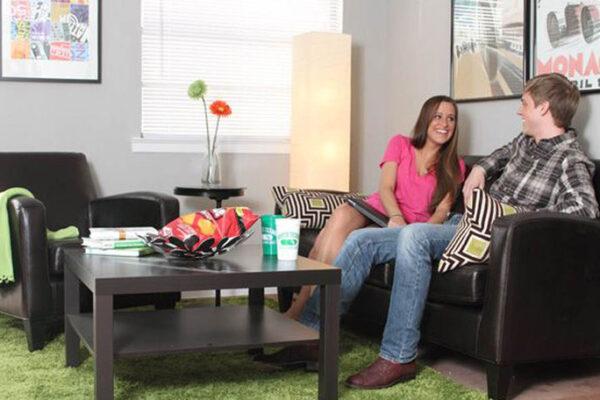 medium-residents-enjoy-student-apartments-in-denton