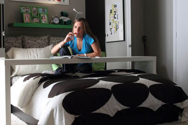medium-spacious-bedrooms-at-student-apartments-in-denton